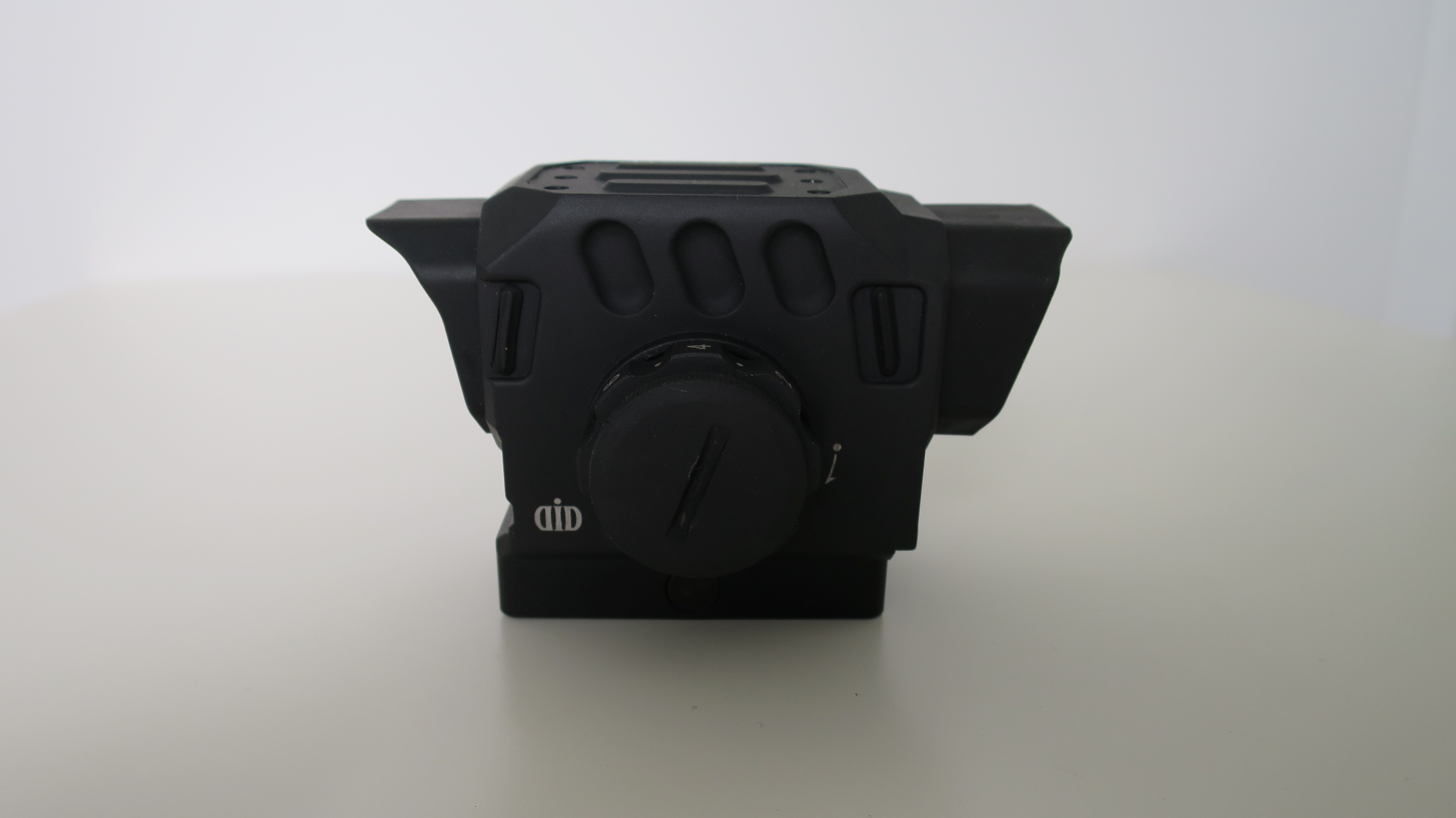 DI Optical EG1
